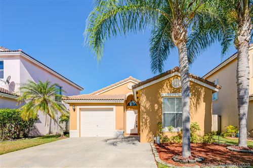 Photo of Listing MLS a10789298 in 1969 SE 13th St Homestead FL 33035