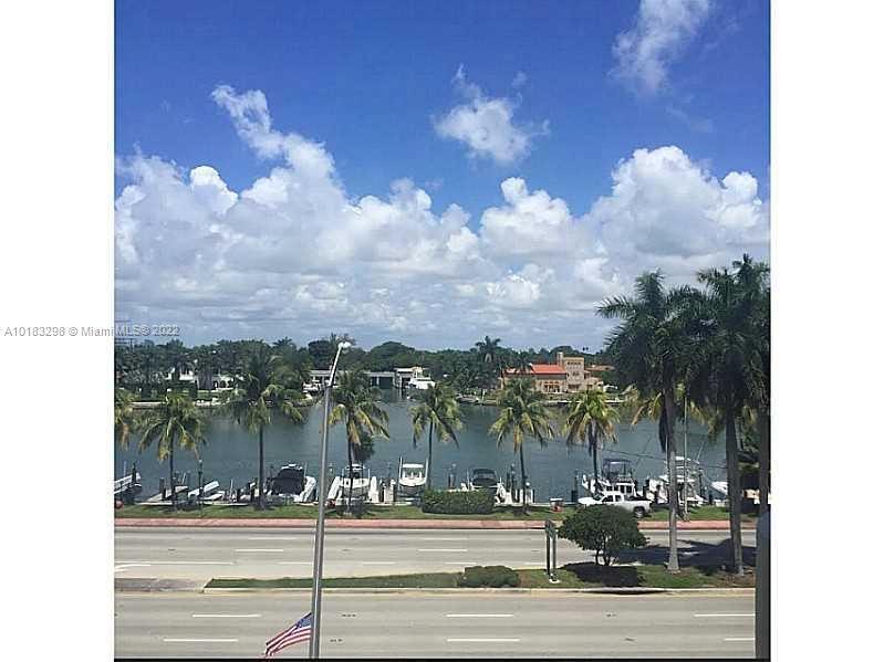 Photo for 5005 Collins Ave #404, Miami Beach, FL 33140 (MLS # A10183298)
