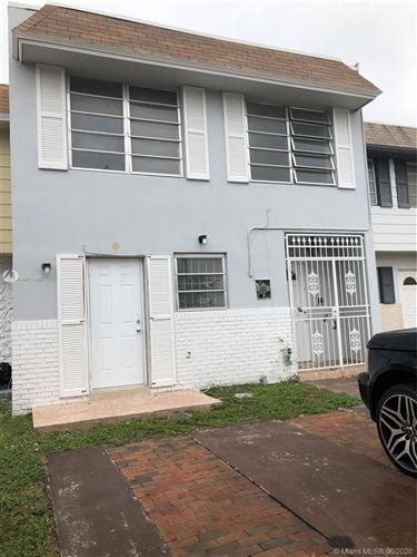 Photo of Listing MLS a10871299 in 1695 W 72nd St #1695 Hialeah FL 33014