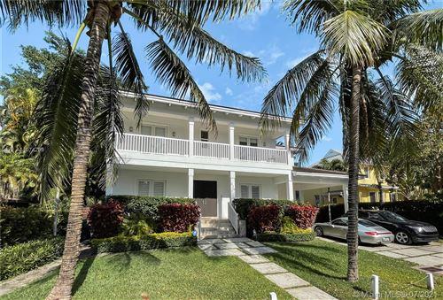 Photo of 325 Hampton Ln, Key Biscayne, FL 33149 (MLS # A11074299)