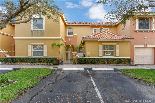 Photo of Listing MLS a10793300 in 8548 NW 141st Ter #605 Miami Lakes FL 33016