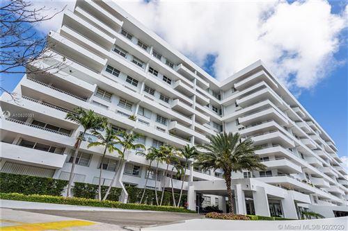 Photo of 199 Ocean Lane Dr #108, Key Biscayne, FL 33149 (MLS # A10820301)