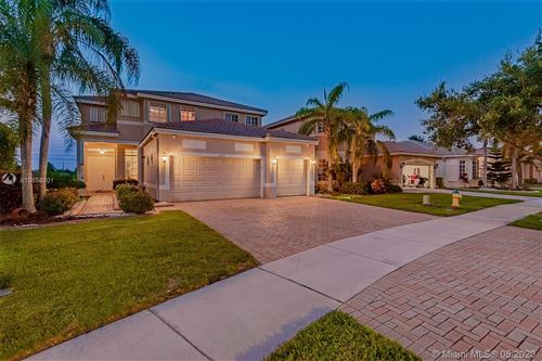 Photo of Listing MLS a10858301 in  Pembroke Pines FL 33332