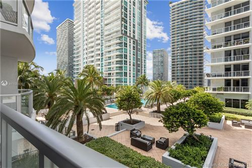 Photo of 1060 Brickell Ave #1417, Miami, FL 33131 (MLS # A11098301)