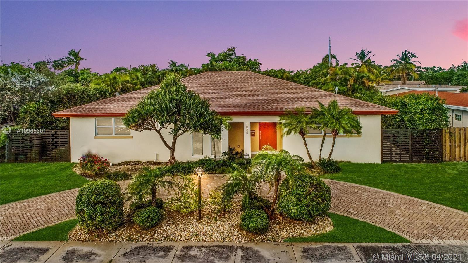 1885 NE 207th St, Miami, FL 33179 - #: A10965301