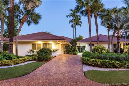 Photo of Listing MLS a10791302 in 7161 E Lago Dr Coral Gables FL 33143
