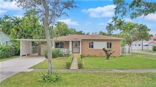 Photo of 1001 Falcon Ave, Miami Springs, FL 33166 (MLS # A10974302)