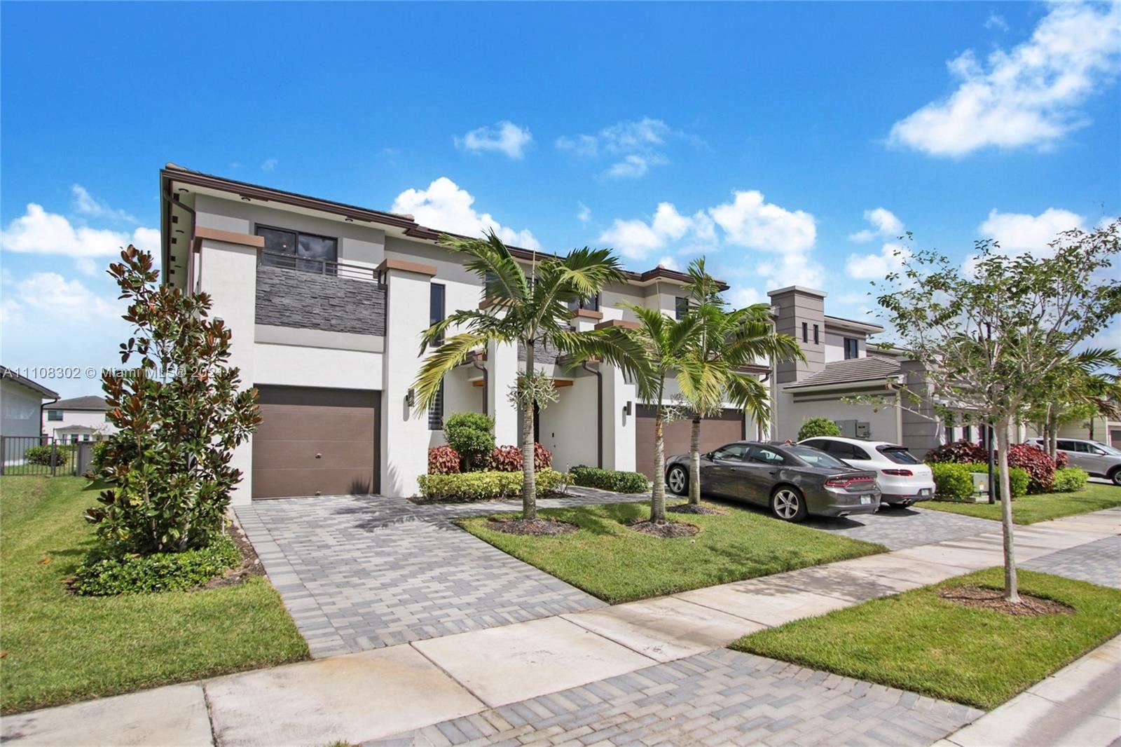 Photo of 10885 Shore St, Parkland, FL 33076 (MLS # A11108302)