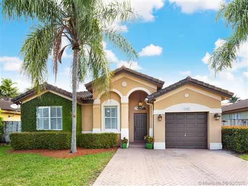 Photo of Listing MLS a10823303 in 2365 SW 148th Ct Miami FL 33185