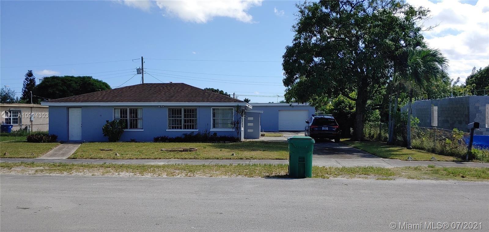 910 NW 138th St, Miami, FL 33168 - #: A10994303