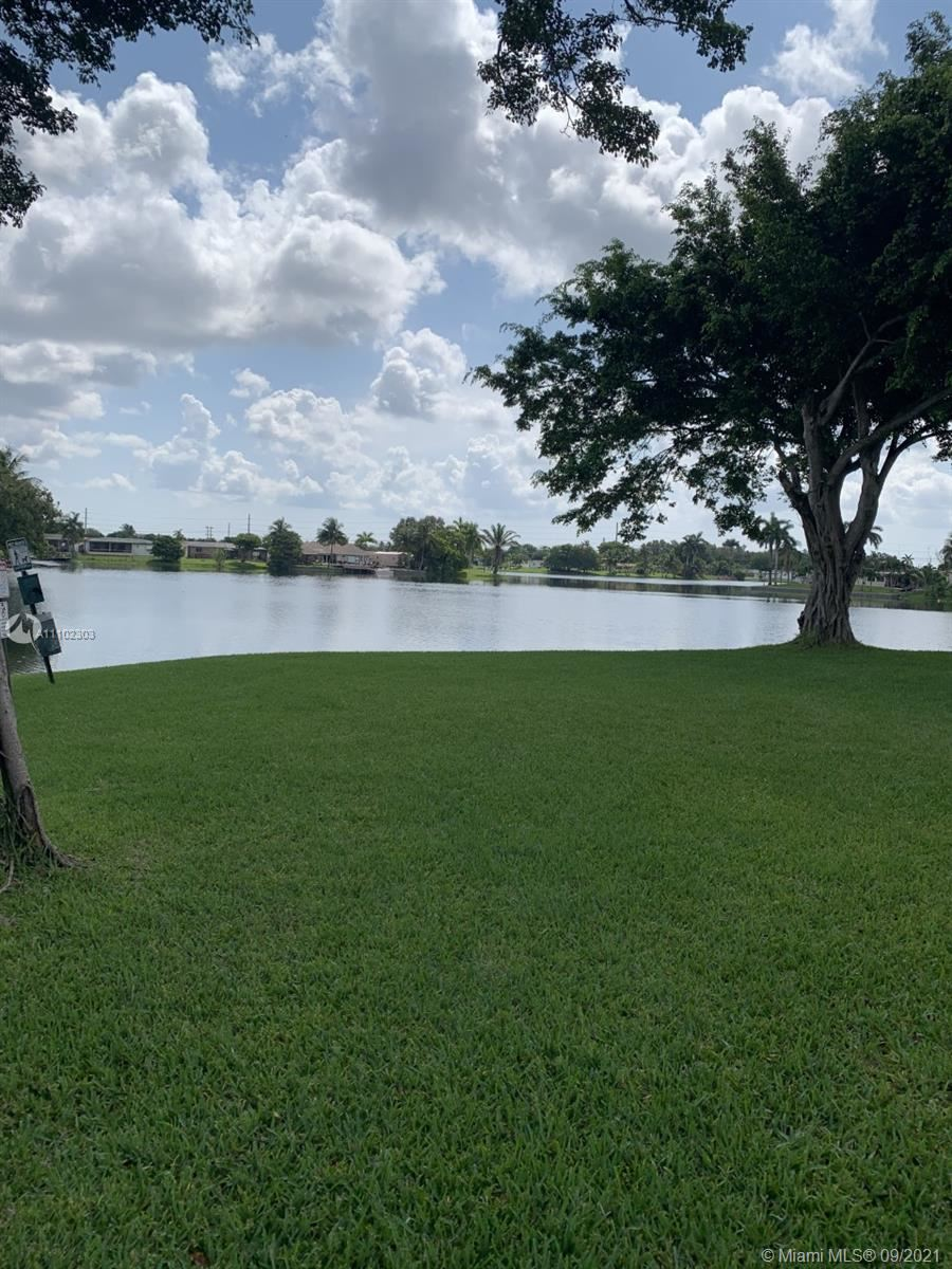 Photo of 2151 NW 96th Ter #15A, Pembroke Pines, FL 33024 (MLS # A11102303)