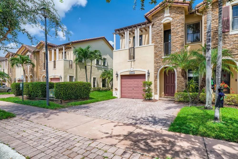 10335 NW 30th Terrace, Miami, FL 33172 - #: A11109303
