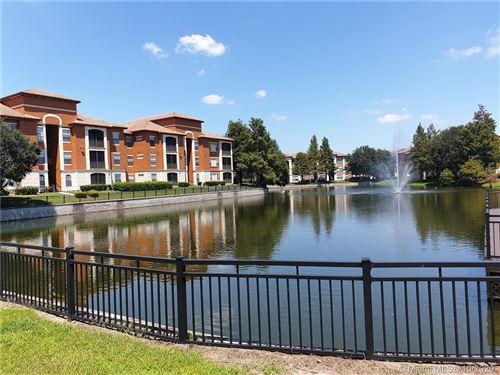Photo of 6153 Metrowest Blvd #106, ORLANDO, FL 32835 (MLS # A10940304)