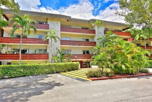Photo of 1205 Mariposa Ave #321, Coral Gables, FL 33146 (MLS # A10999304)