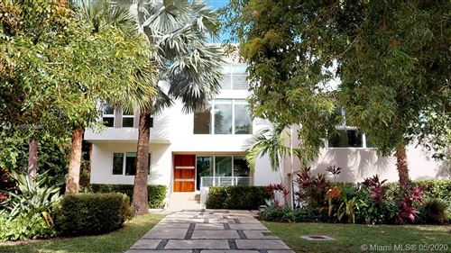 Photo of Listing MLS a10855305 in 501 Harbor Dr Key Biscayne FL 33149