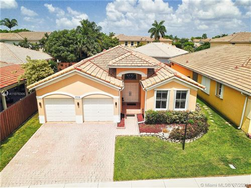 Photo of 4536 NW 95th Ave, Doral, FL 33178 (MLS # A11075305)