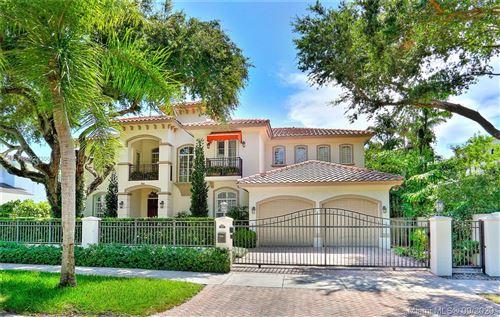 Photo of 2710 Hilola St, Miami, FL 33133 (MLS # A10927306)