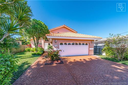 Photo of Listing MLS a10808307 in 3336 SW 65th Ave Miami FL 33155