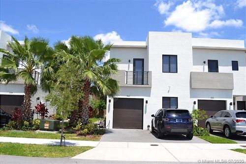 Photo of Listing MLS a10900307 in 547 SW 91st Ave Miami FL 33174