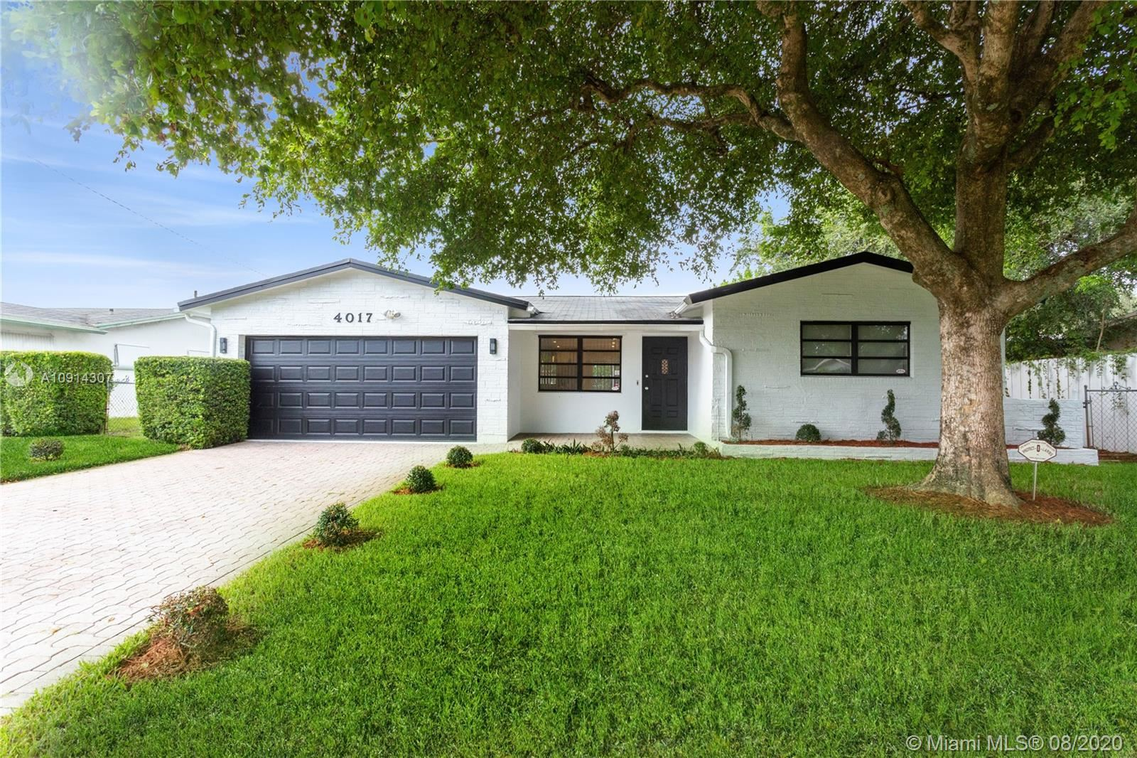 4017 Monroe St, Hollywood, FL 33021 - #: A10914307