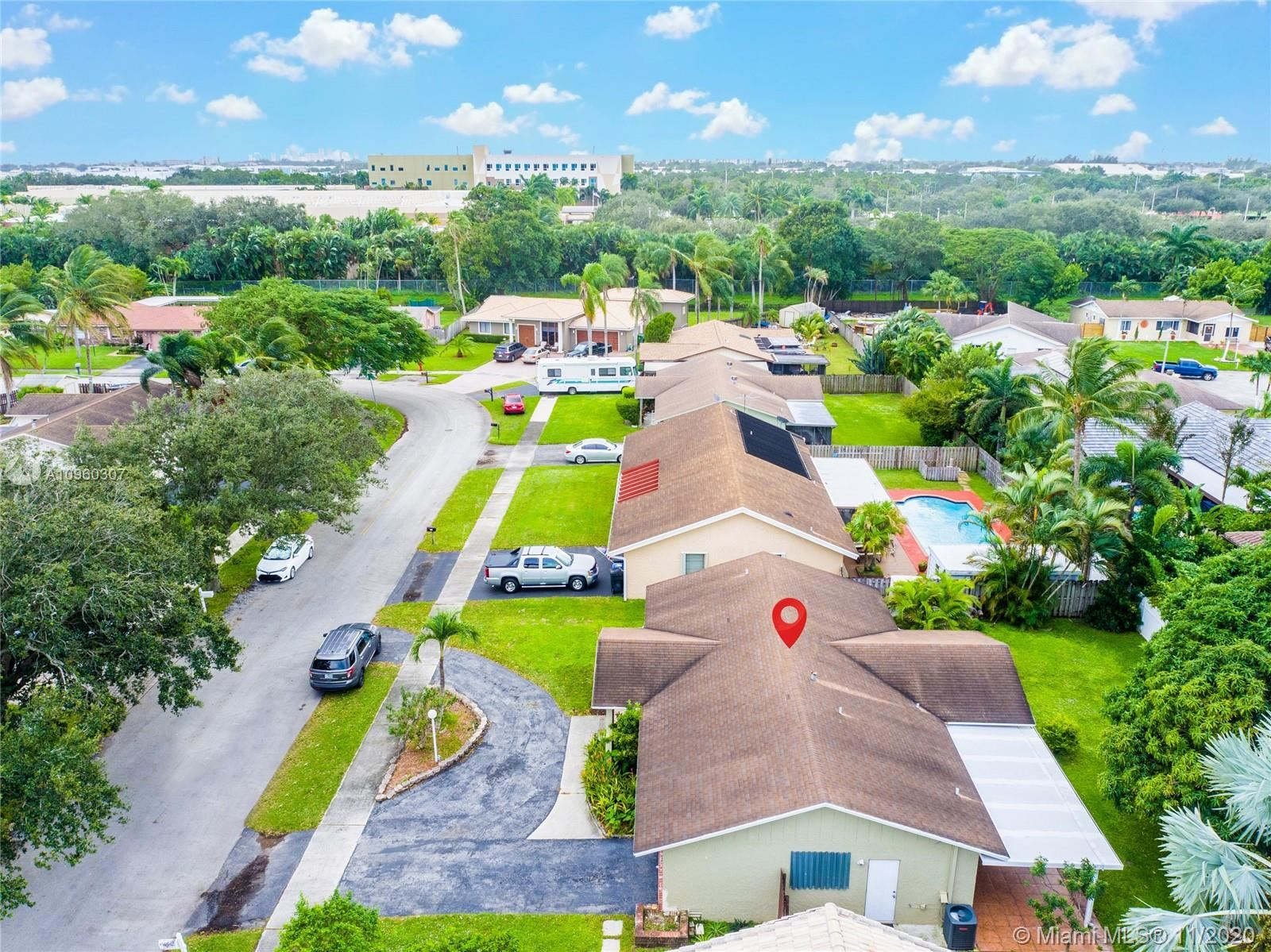 Photo of 6721 NW 25th Ter, Fort Lauderdale, FL 33309 (MLS # A10960307)