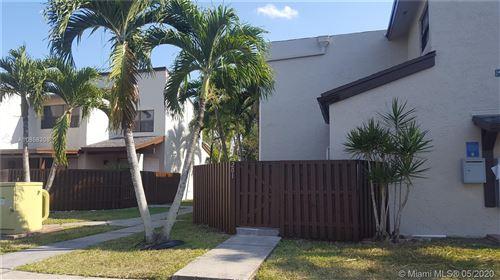Foto de inmueble con direccion 10231 FONTAINEBLEAU BLVD #201 Miami FL 33172 con MLS A10858308