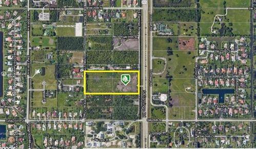 Photo of 2400 SW Flamingo Rd, Davie, FL 33325 (MLS # A10925308)