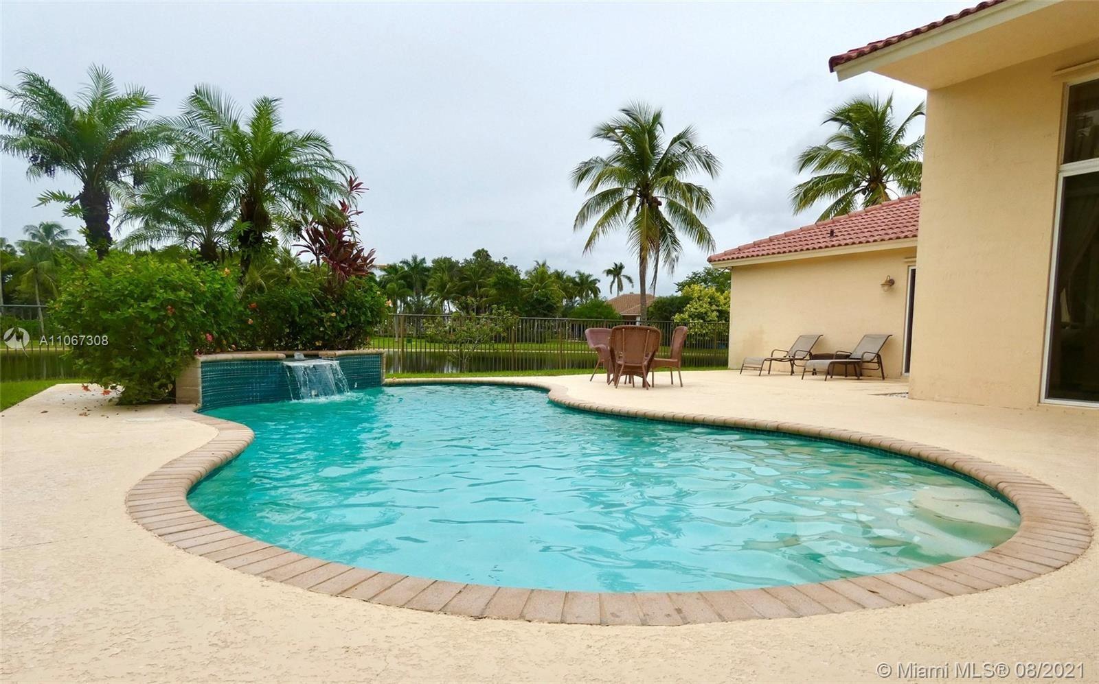 Photo of 297 Egret Ln, Weston, FL 33327 (MLS # A11067308)