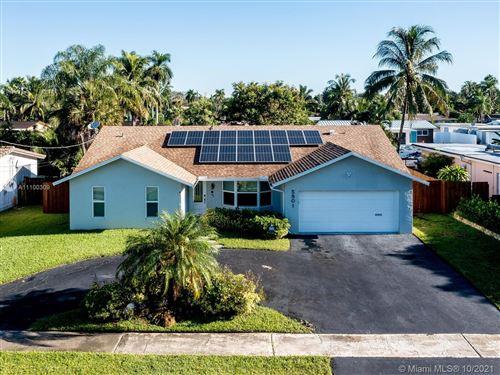 Photo of 5801 SW 16th St, Plantation, FL 33317 (MLS # A11100309)