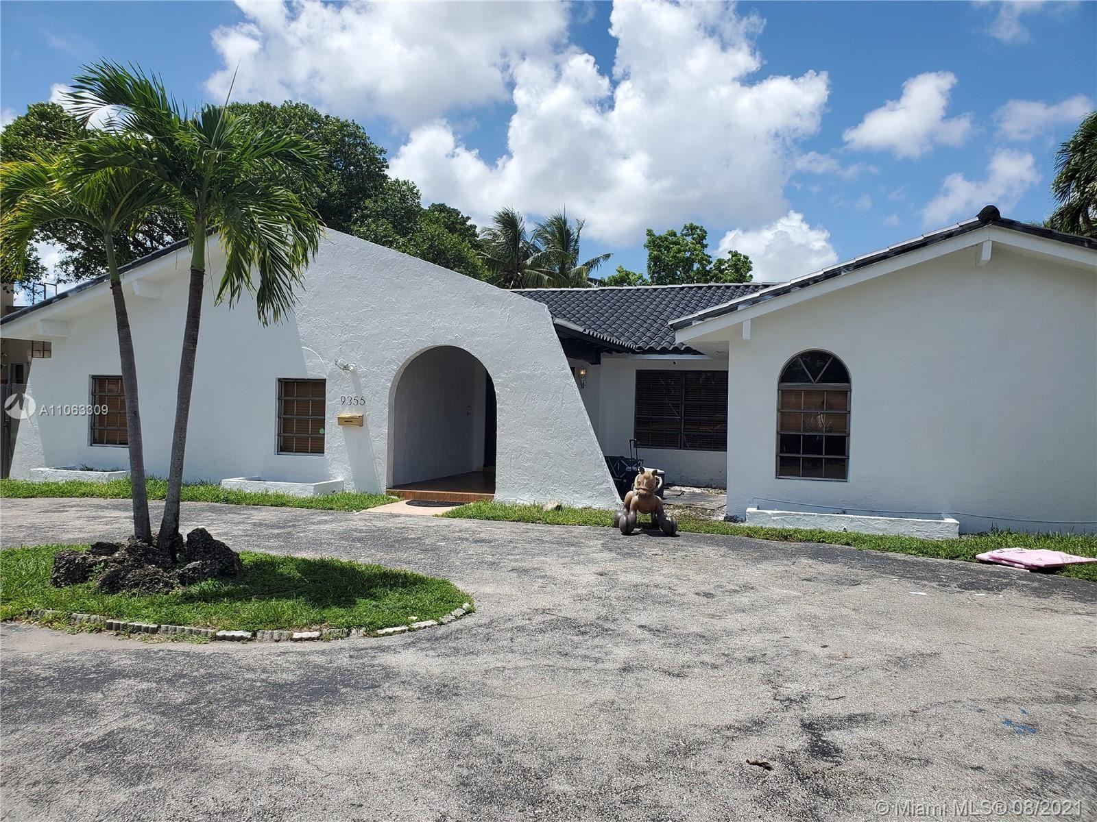 9355 SW 24th St, Miami, FL 33165 - #: A11063309