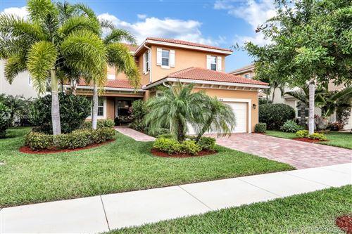 Photo of 12196 N Aviles, Palm Beach Gardens, FL 33418 (MLS # A10763310)