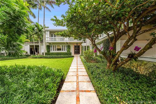 Foto de inmueble con direccion 2526 Lake Ave Miami Beach FL 33140 con MLS A10789310