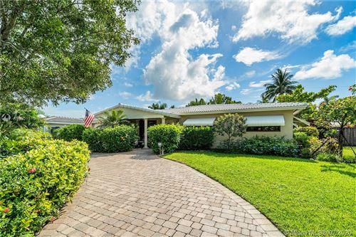 Photo of Listing MLS a10901310 in 4420 NE 15th Way Oakland Park FL 33334