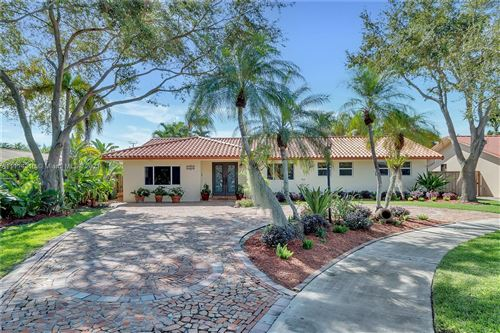 Photo of 13921 SW 38th Ter, Miami, FL 33175 (MLS # A11114310)