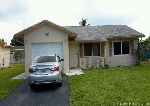 8202 NW 92nd Ave, Tamarac, FL 33321 - #: A10835310