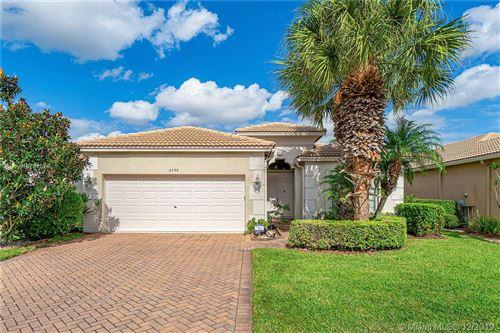 Photo of 6592 Southport Dr, Boynton Beach, FL 33472 (MLS # A10781311)