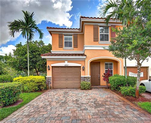 Photo of Listing MLS a10903311 in 12457 Emerald Creek Manor #12457 Plantation FL 33325