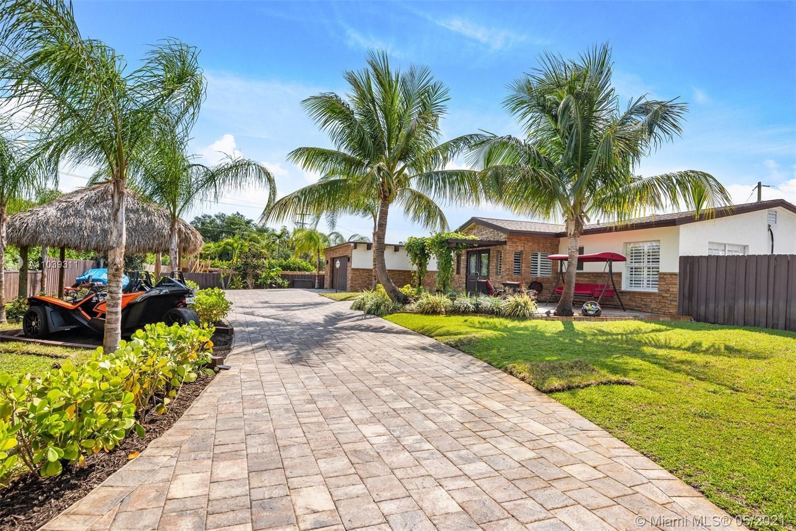 Photo of 500 NW 7th St, Boca Raton, FL 33432 (MLS # A11039311)