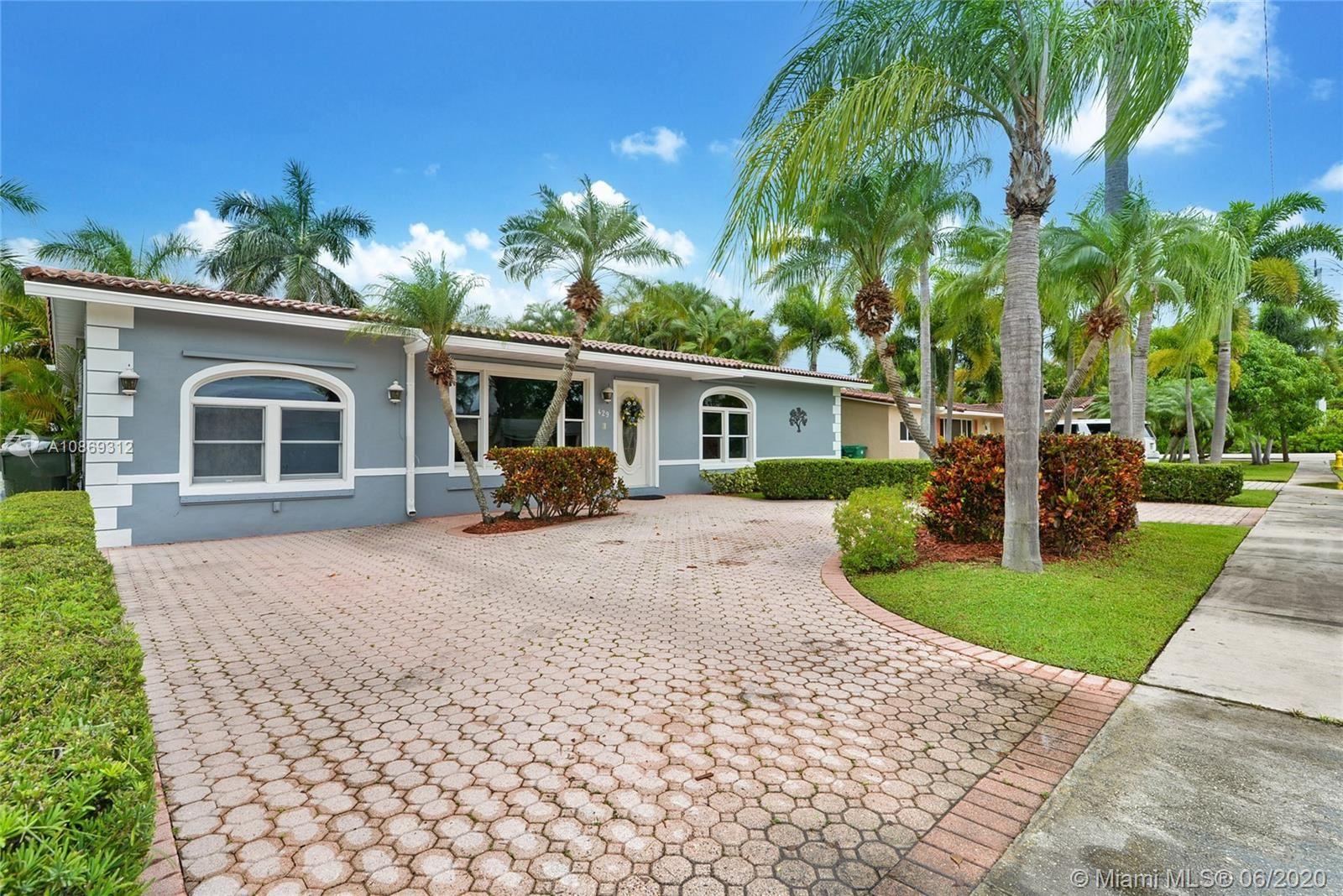 Photo of 429 SE 3rd Ter, Dania Beach, FL 33004 (MLS # A10869312)