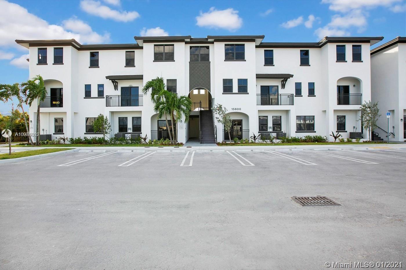 15600 SW 136 #206, Miami, FL 33196 - #: A10984312