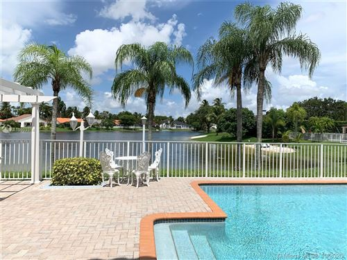 Photo of Listing MLS a10903314 in 14539 Glencairn Rd Miami Lakes FL 33016