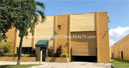 Foto de inmueble con direccion 2631 W 81st St Hialeah FL 33016 con MLS A10914314