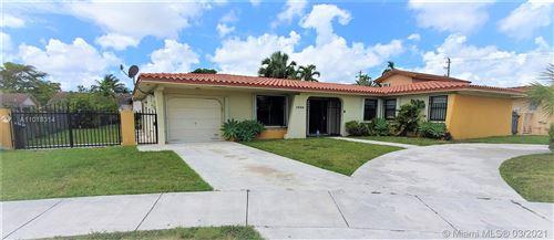 Photo of 1000 SW 87th Ct, Miami, FL 33174 (MLS # A11018314)