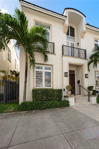 Photo of 550 Valencia Ave #1, Coral Gables, FL 33134 (MLS # A10884315)