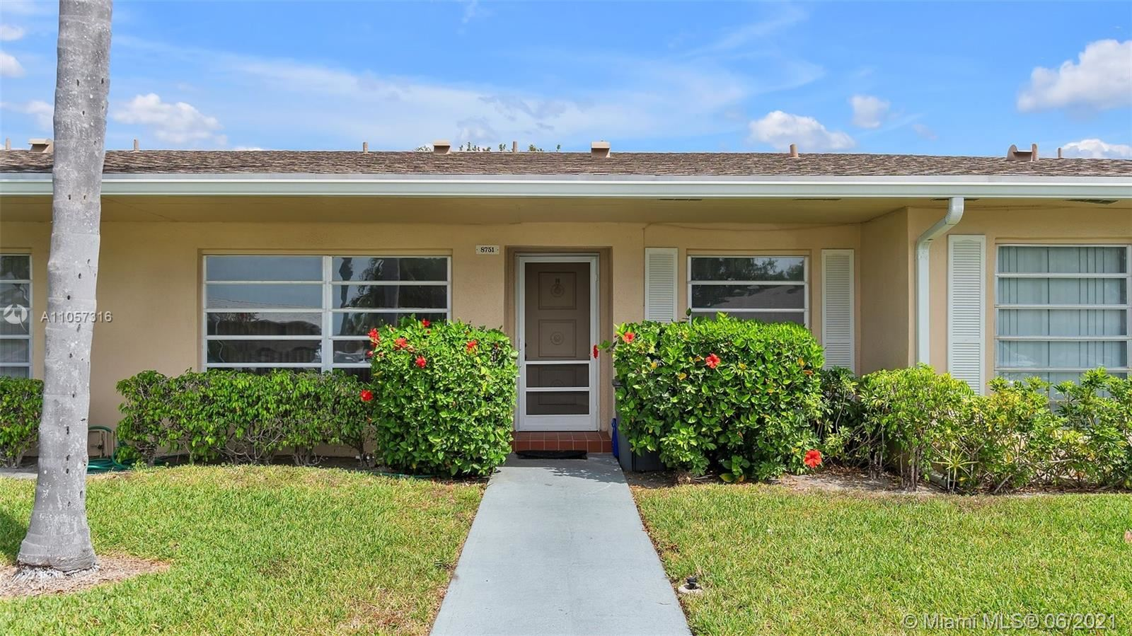 8751 Chevy Chase Dr, Boca Raton, FL 33433 - #: A11057316