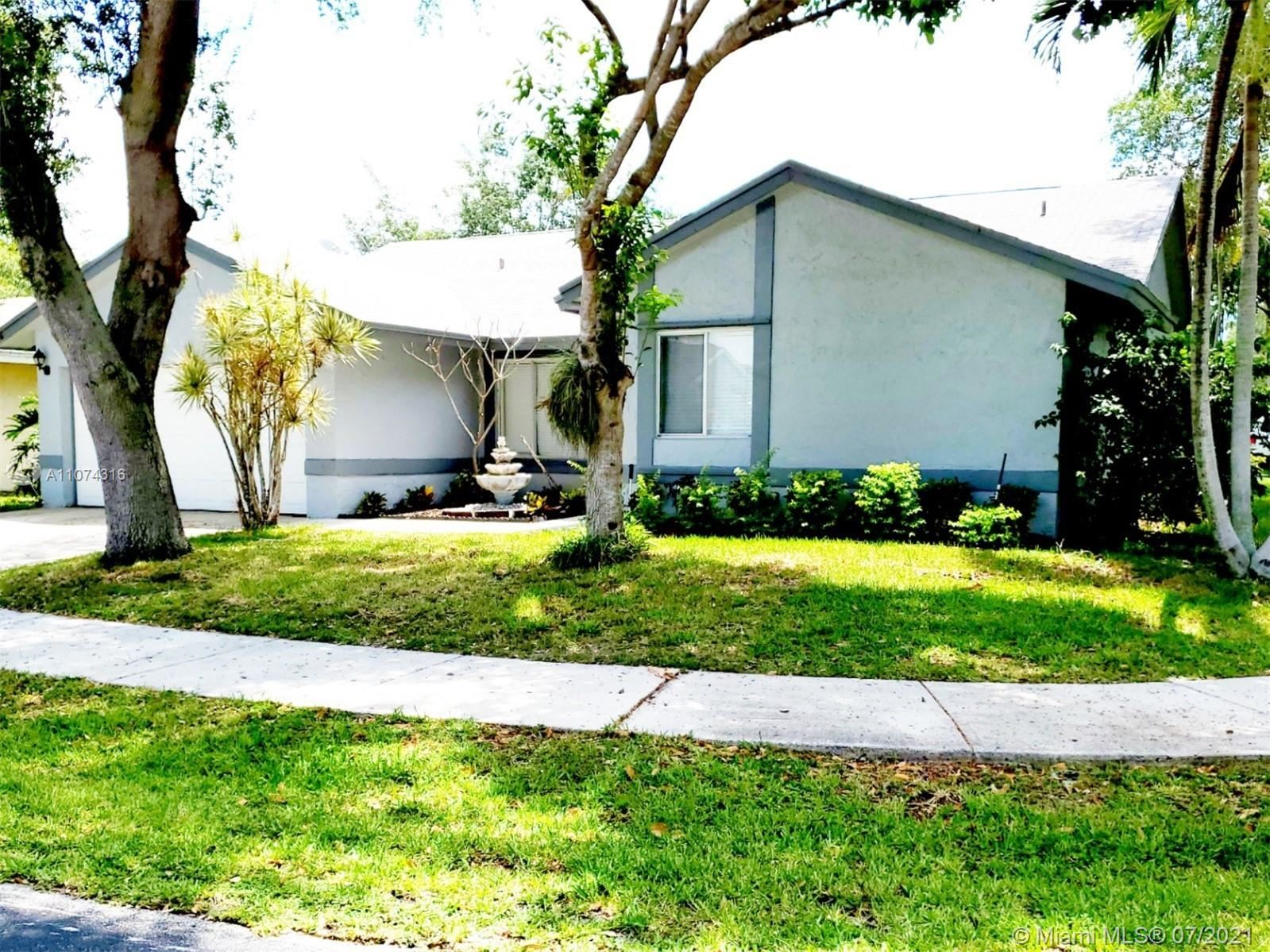5800 NW 37th Ave, Coconut Creek, FL 33073 - #: A11074316