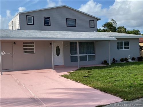 Photo of 731 NE 45th Ct, Deerfield Beach, FL 33064 (MLS # A10867317)