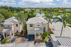 Photo of Listing MLS a10771318 in 9812 NW 9th Ct Plantation FL 33324