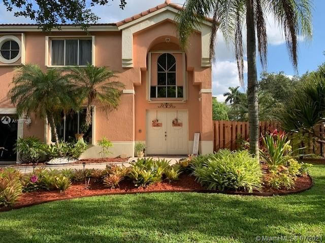 11352 Roundelay Rd, Cooper City, FL 33026 - #: A11077318