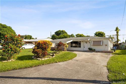 Photo of 7020 SW 27th Ct, Miramar, FL 33023 (MLS # A10941319)